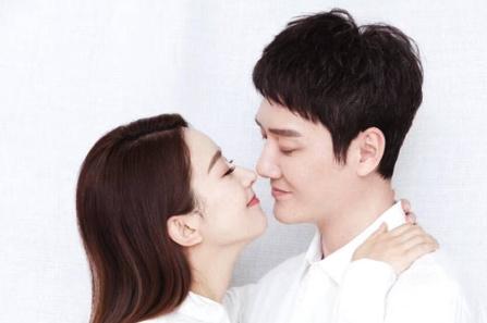 冯绍峰八卦,与赵丽颖没有办婚礼的原因,令人佩服!