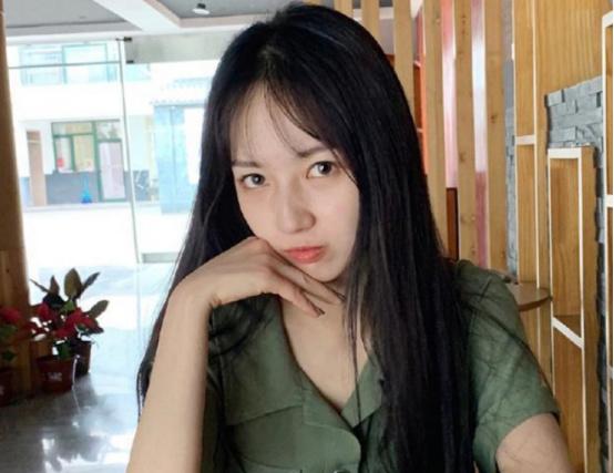 吴亦凡女友身份曝光,竟然只有21岁,网友:人生赢家!