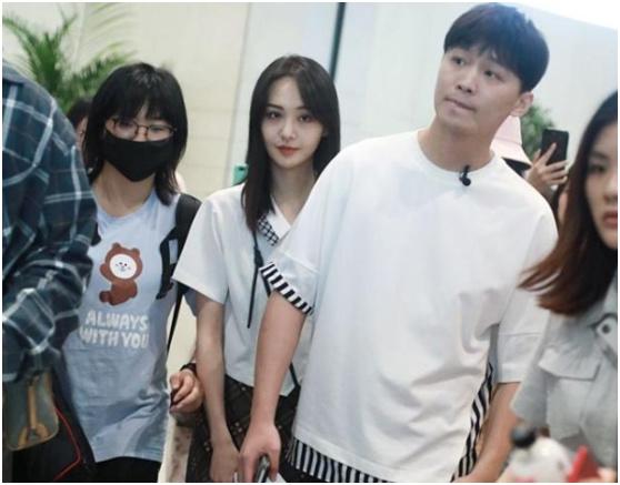 张恒郑爽疑分手,大V博主各种爆料,二人至今未公开!