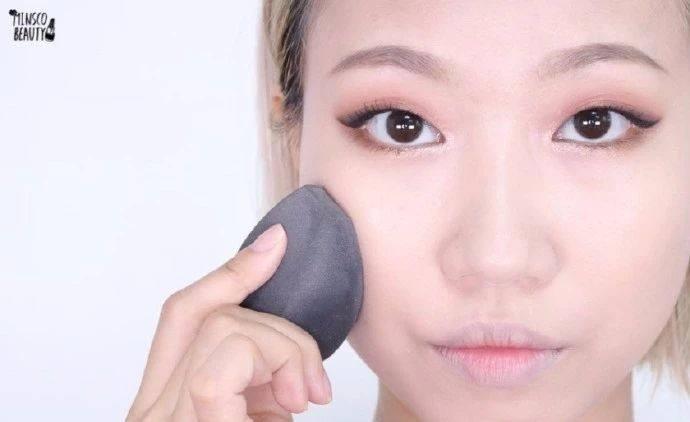 如何避免化妆显脏,注意事项有哪些?化妆为什么会显脏?
