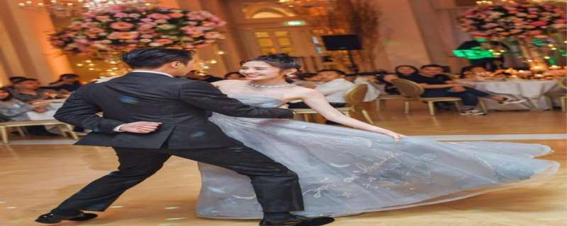 张若昀唐艺昕是怎么相识的?在哪里举行的的婚礼,伴娘是谁?